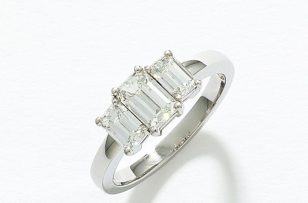 cleaning diamond jewellery